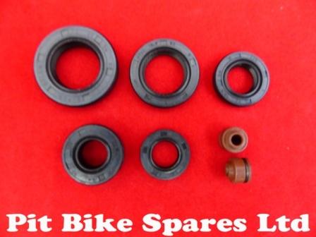 Engine & Valve stem oil seals for Lifan 125cc Pit Bike Engine