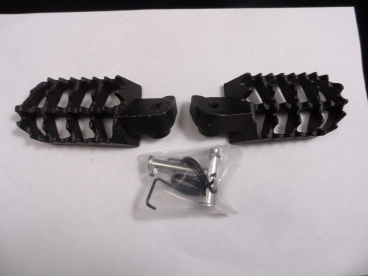 Bear Trap Heavy Duty Steel Foot Pegs Type 2
